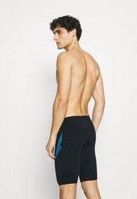 Arena - SHINER JAMMER - Swimming trunks - black - 1