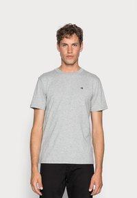 Scotch & Soda - Basic T-shirt - grey melange - 0
