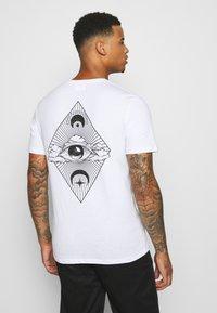 YOURTURN - UNISEX - T-shirt print - white - 0