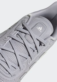adidas Performance - SUPERNOVA SHOES - Neutral running shoes - grey - 7