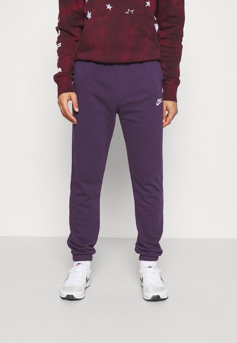 Nike Sportswear - CLUB PANT - Pantalon de survêtement - grand purple/grand purple/white