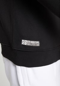 STEREOTYPE - INSTRUSTIONS CREW - Mikina - black - 3