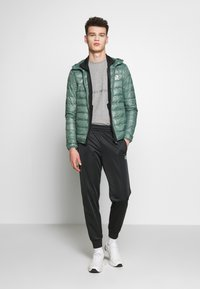 EA7 Emporio Armani - GIACCA  - Down jacket - dark forest - 1