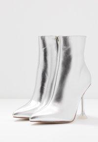 BEBO - WINONA - Kotníková obuv na vysokém podpatku - silver - 4