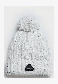 winter white tweed