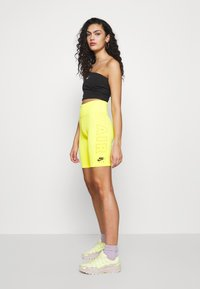 Nike Sportswear - W NSW AIR BIKE - Shorts - opti yellow - 1