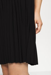 Selected Femme Petite - SLFALEXIS SHORT SKIRT - A-line skirt - black - 4
