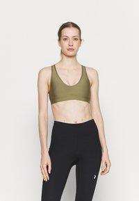 Roxy - HEROS  - Medium support sports bra - covert green - 0