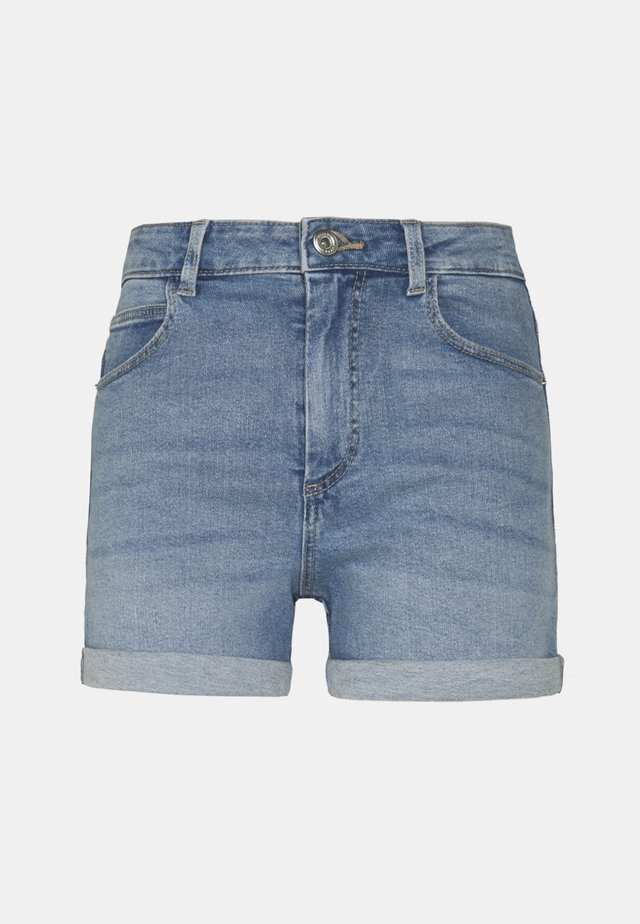 PCPACY LOOSE - Denim shorts - light blue denim