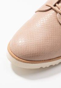 Dorothy Perkins - LUSH - Šněrovací boty - light pink - 5