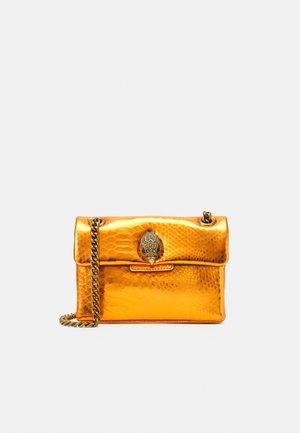 MINI KENSINGTON X BAG - Across body bag - orange