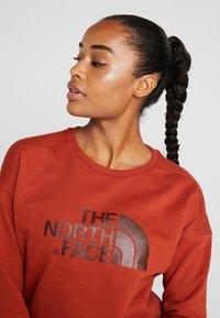 The North Face - DREW PEAK CREW - Sweatshirt - picante red - 3