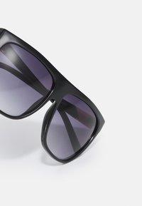 River Island - Sunglasses - black - 3