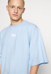Martin Asbjørn - TEE - T-shirt basic - dream blue - 5