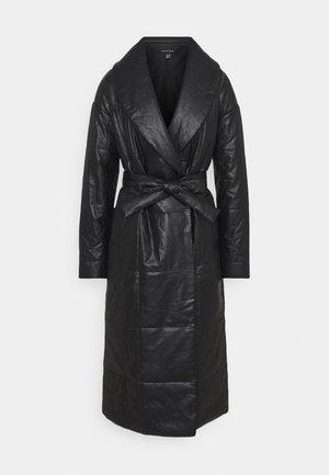 BELTED PUFFER COAT - Manteau classique - black