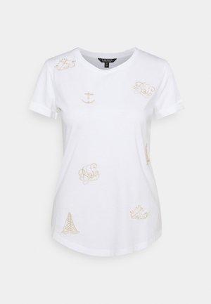 UPTOWN - Camiseta estampada - white