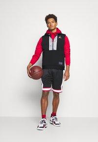 Jordan - AIR VEST - T-shirt sportiva - black/white - 1