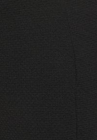 New Look Maternity - TEXTURED PENCIL MIDI SKIRT - Falda de tubo - black - 2