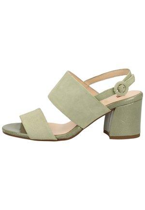 Sandaler - salvia   51000