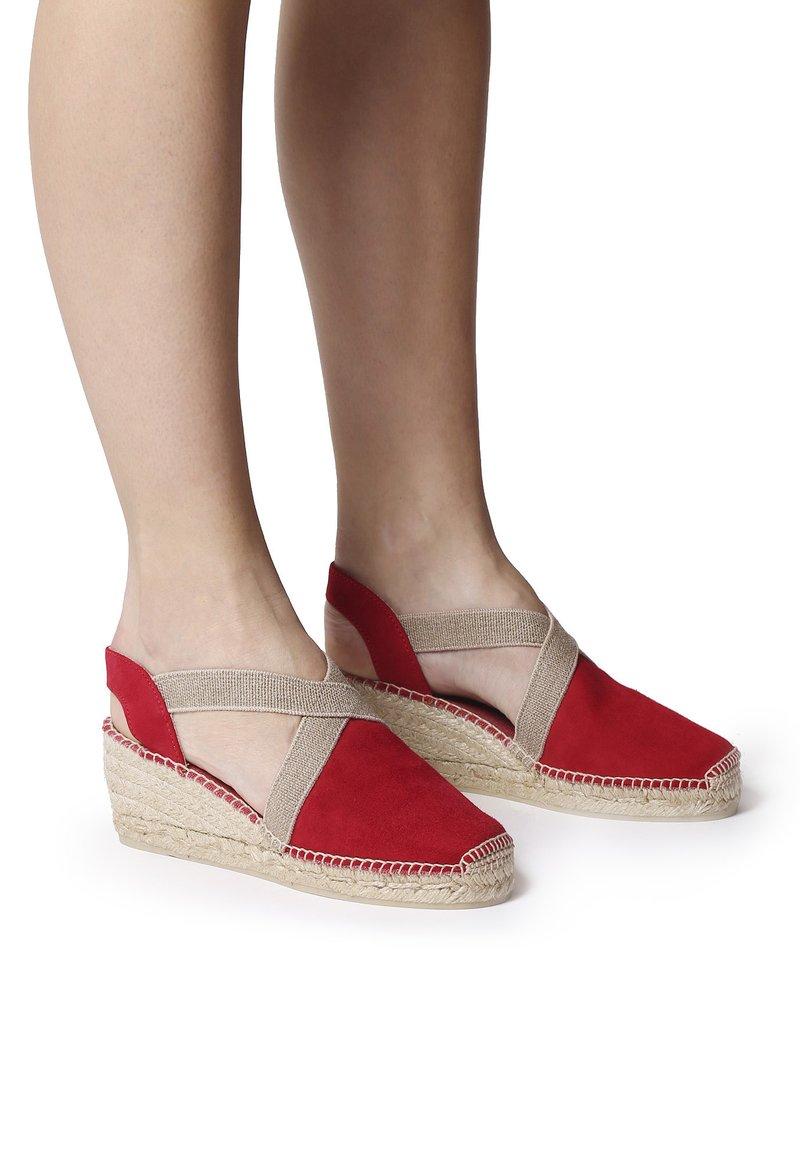 Toni Pons - TONA - Wedge sandals - red