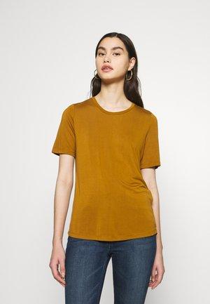 SLFELLA TEE SEASONAL - T-shirts - bronze brown