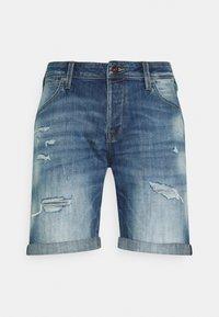 Jack & Jones - JJIRICK JJFOXSHORTS - Short en jean - blue denim - 0