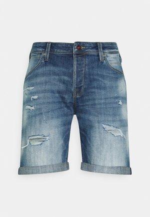 JJIRICK JJFOXSHORTS - Shorts vaqueros - blue denim