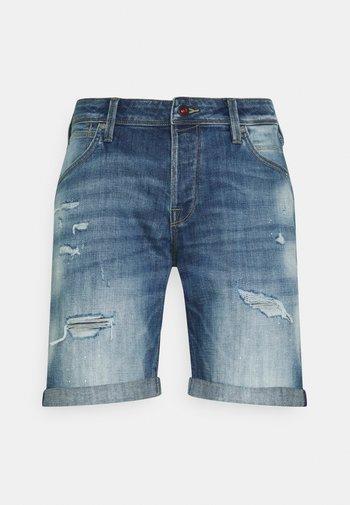 JJIRICK JJFOXSHORTS - Shorts di jeans - blue denim