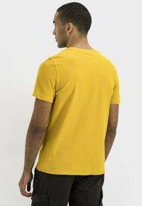 camel active - Print T-shirt - gold - 2