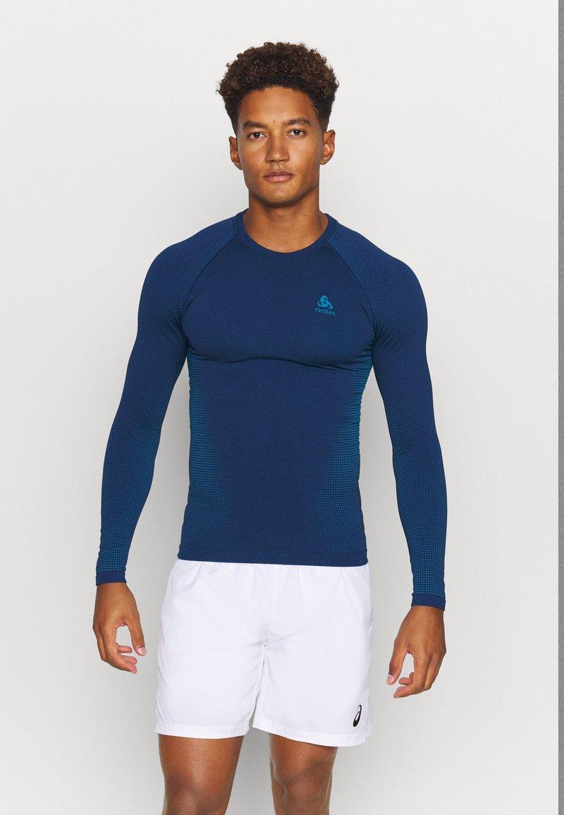 ODLO - PERFORMANCE WARM ECO CREW NECK - Unterhemd/-shirt - estate blue/atomic blue