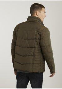 CHASIN' - Winter jacket - green - 1