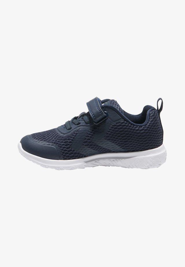 Sneakers - mottled black