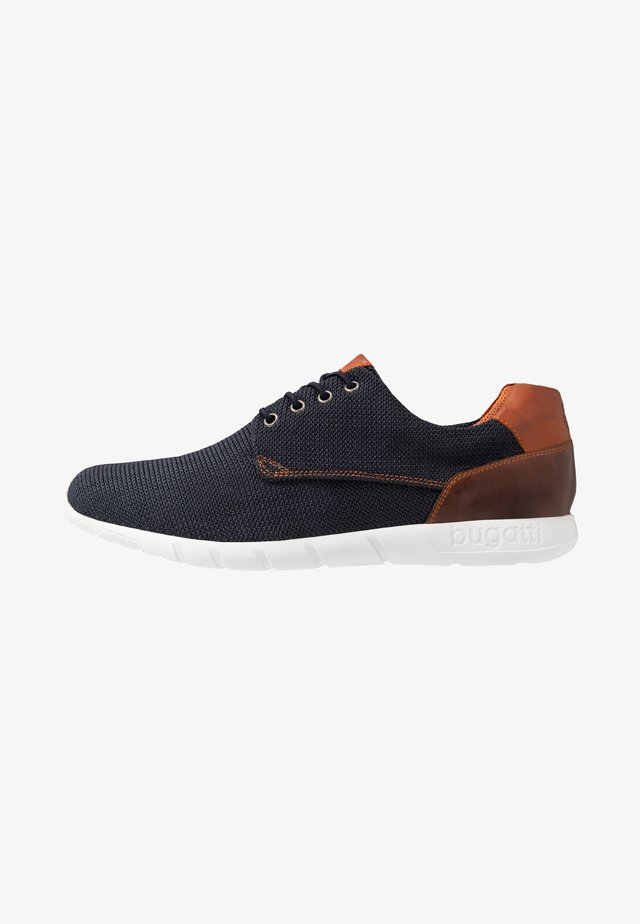 BAMBOLA - Trainers - blue/brown