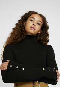 Missguided Petite - ROLL NECK BODY - Langærmede T-shirts - black - 4