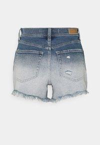 Hollister Co. - OMBRE FRAY HEM - Denim shorts - blue denim - 6