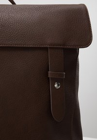 KIOMI - Rucksack - dark brown - 7