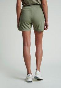 Hummel - Sports shorts - vetiver - 2