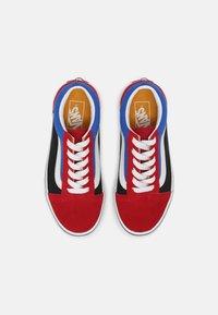 Vans - UY OLD SKOOL - Trainers - chili pepper/nautical blue - 3