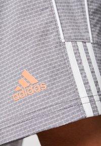 adidas Golf - STRIPE COLLECTION - Sportovní kraťasy - grey five melange - 5