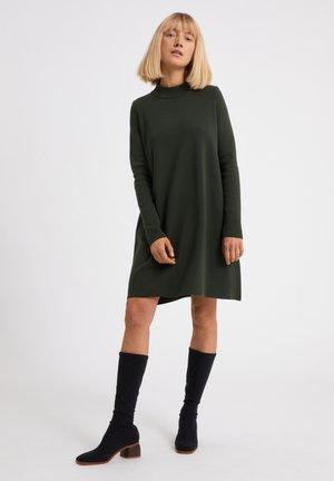 FRIADAA - Jerseyjurk - vintage green