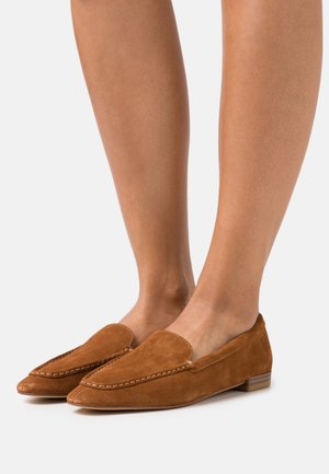 CLEO - Loaferit/pistokkaat - caramel