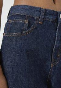 PULL&BEAR - Jeansy Straight Leg - dark blue - 4