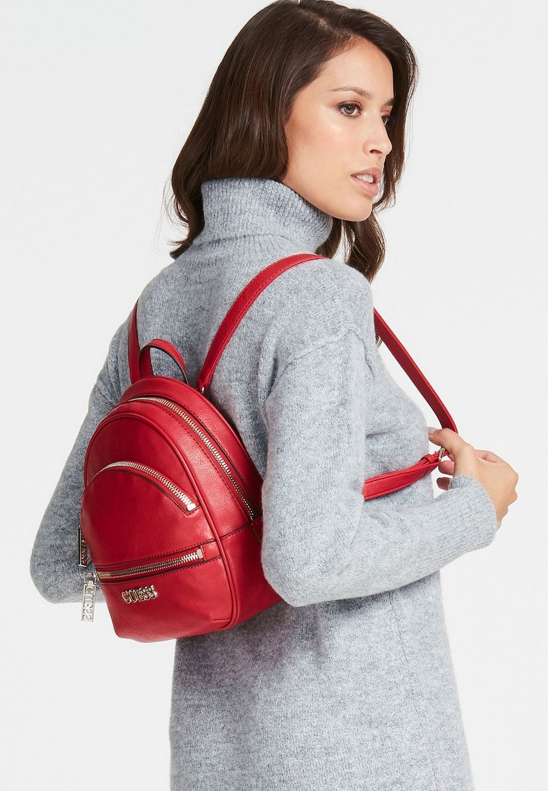 Guess - Rucksack - red