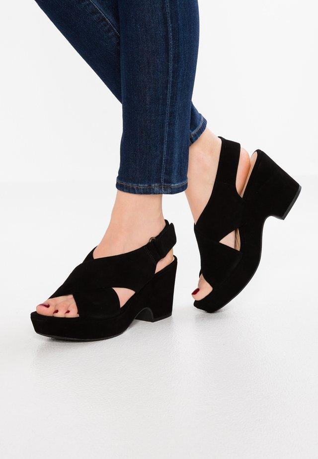 MARITSA LARA - Sandalias con plataforma - black