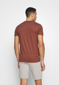Superdry - VINTAGE CREW - Basic T-shirt - desert orange grit - 2