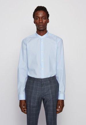 JORDI - Formal shirt - light blue
