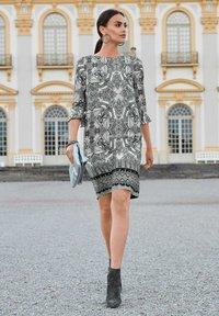 Alba Moda - Day dress - schwarz off white - 6
