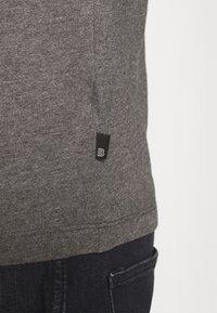 Burton Menswear London - SHORT SLEEVE CREW 7 PACK - T-shirt basic - black - 8