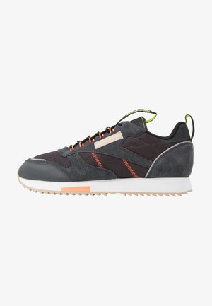 RIPPLE TRAIL - Trainers - dark grey