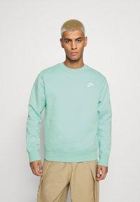 Nike Sportswear - Sweatshirt - light dew/white - 0